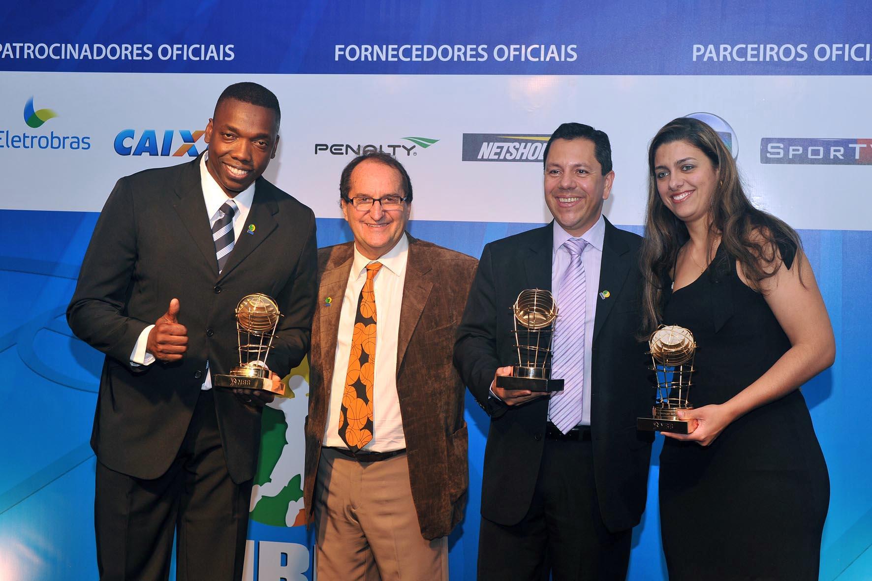 Sergio Pacheco e Fernando Serpa foram eleitos para o Trio de Arbitragem do NBB