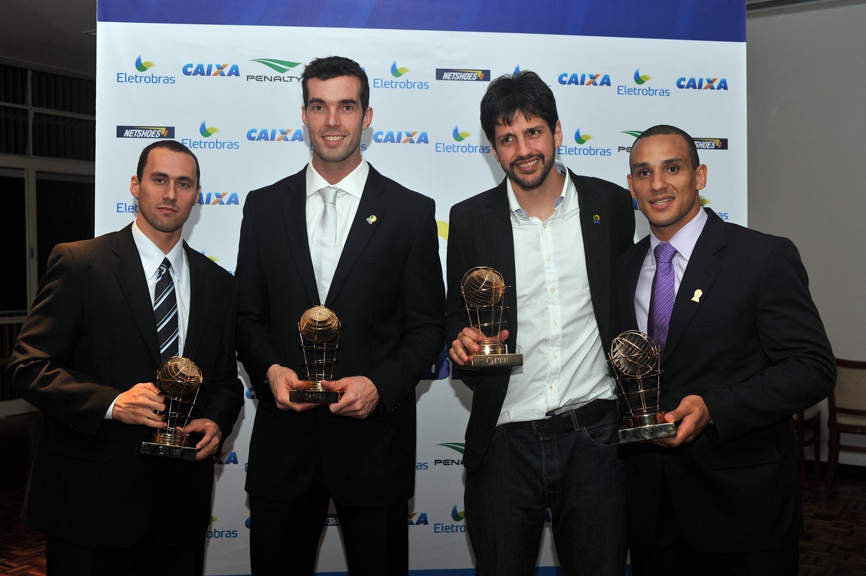 Fúlvio e Murilo, do São José, Guilherme Giovannoni e Alex, do Brasília