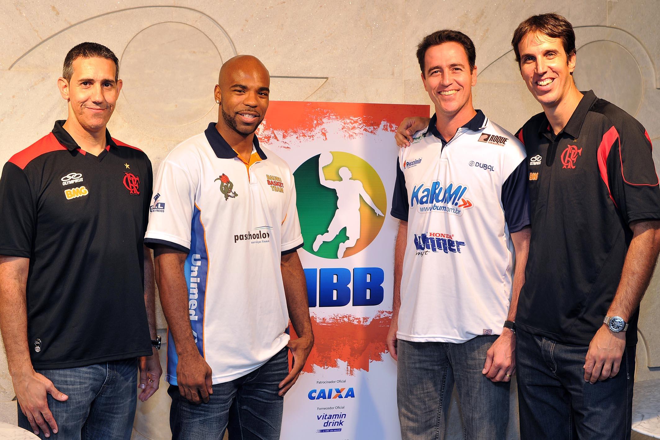José Neto (Flamengo), Larry Taylor (Bauru), Demétrius Ferracciú (Limeira) e Marcelinho (Flamengo)