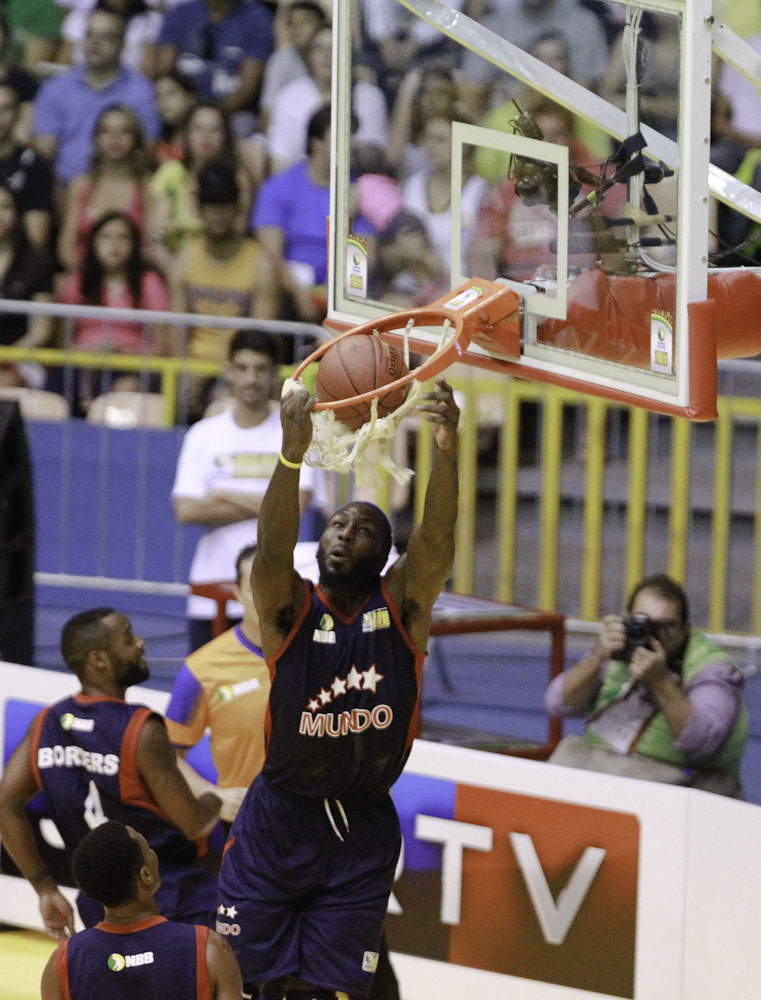 Tyrone Curnell, do NBB Mundo