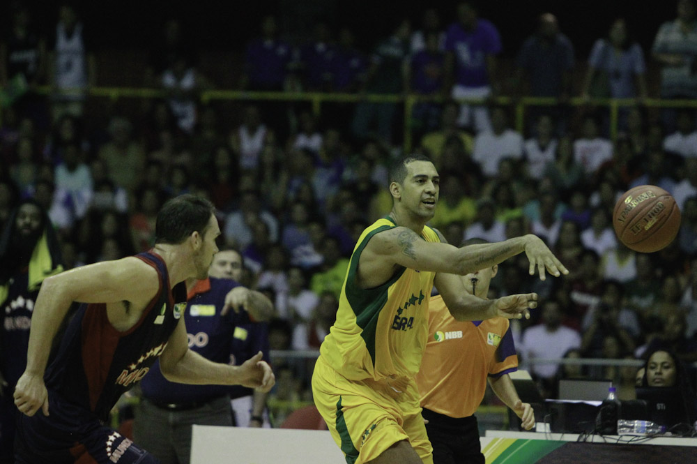 Marquinhos, do NBB Brasil, e Robert Day, do NBB Mundo