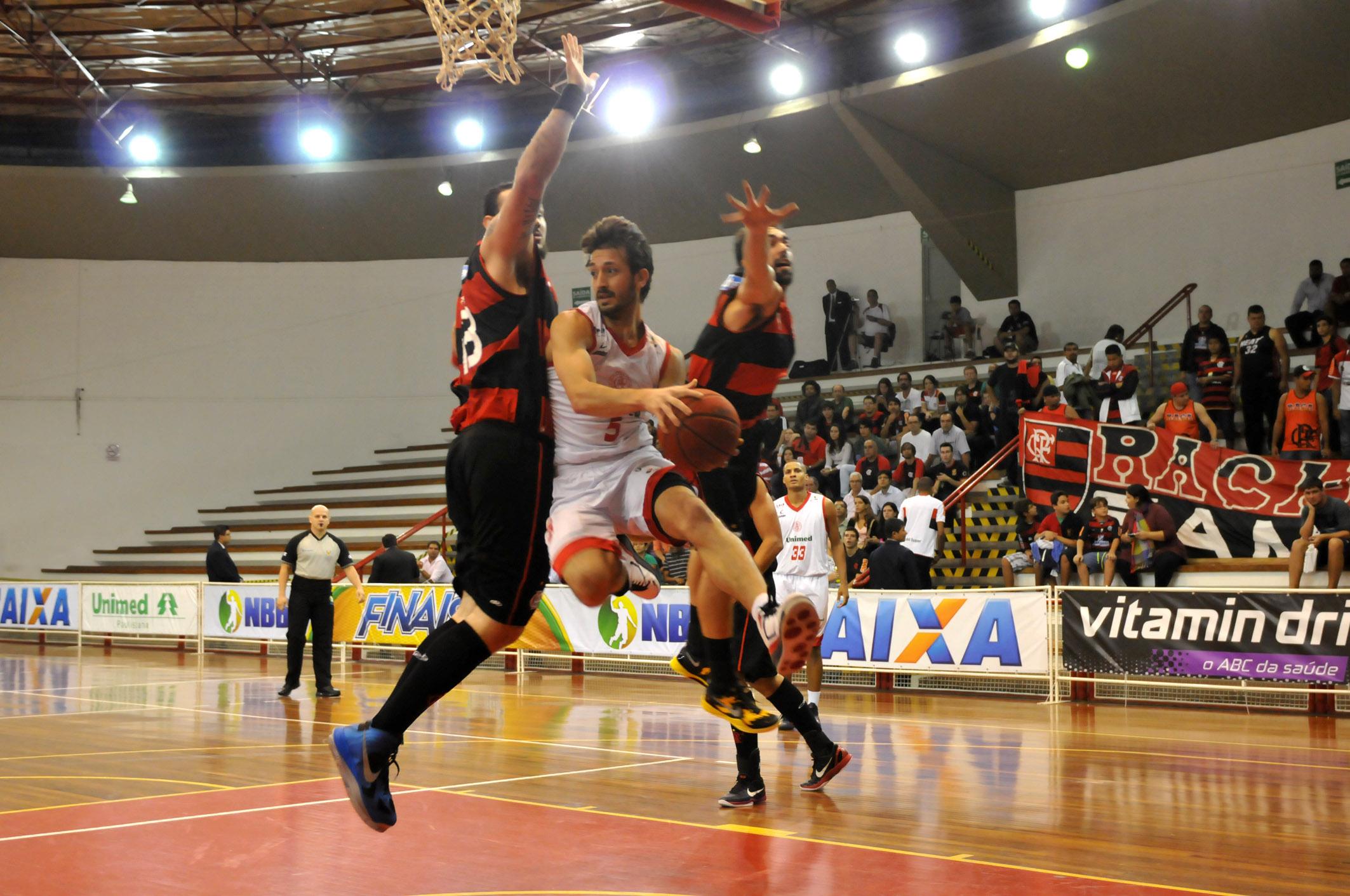 Elinho, do Flamengo