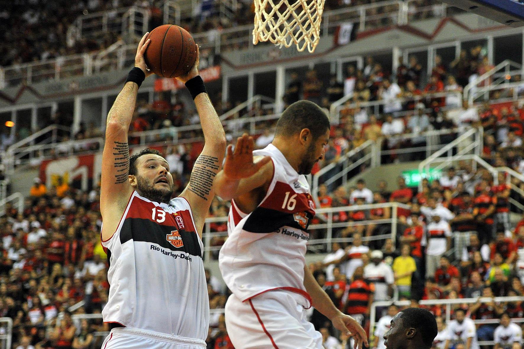Caio Torres e Olivinha, do Flamengo