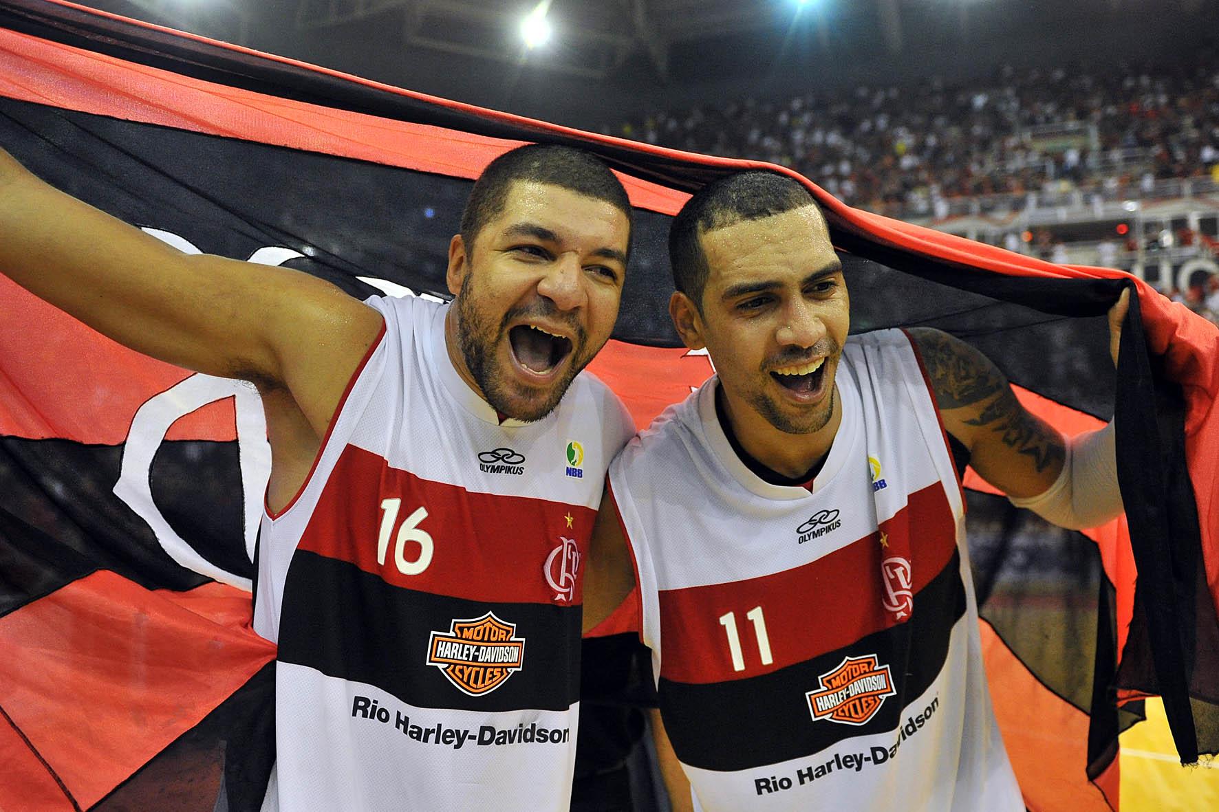 Olivinha e Marquinhos, do Flamengo