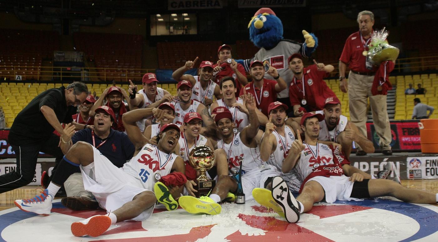 Atual campeão da Liga das Américas, Pinheiros disputará título mundial diante do Olympiacos (Samuel Vélez/FIBA Américas)