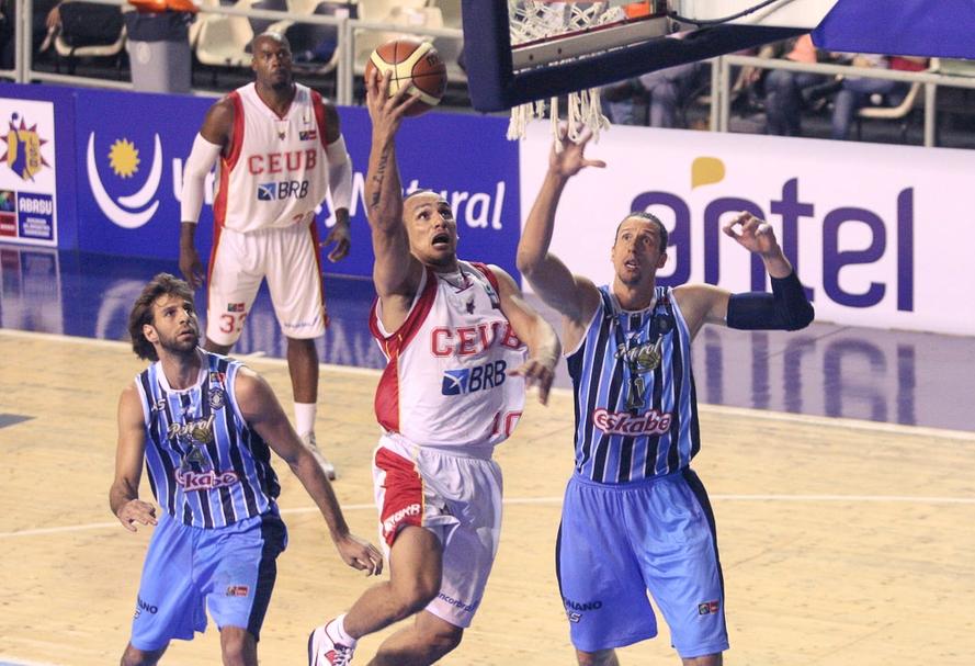 O Brasília jogou o Final Four sem o ala Alex, contundido (Samuel Vélez/FIBA Américas)