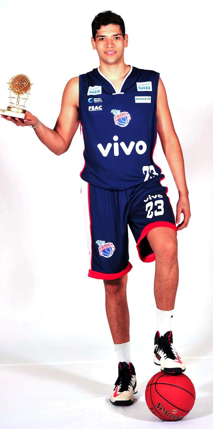 Léo Meindl terminou o NBB5 com média de 9,7 pontos por jogo (João Pires/LNB)