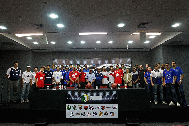 Atletas, técnicos e dirigentes durante o evento