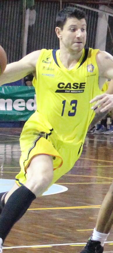 Schneider atuou no Basquete Cearense na temporada passada (Wladmir  Alves LSB) 4dfa62dcc4aa7