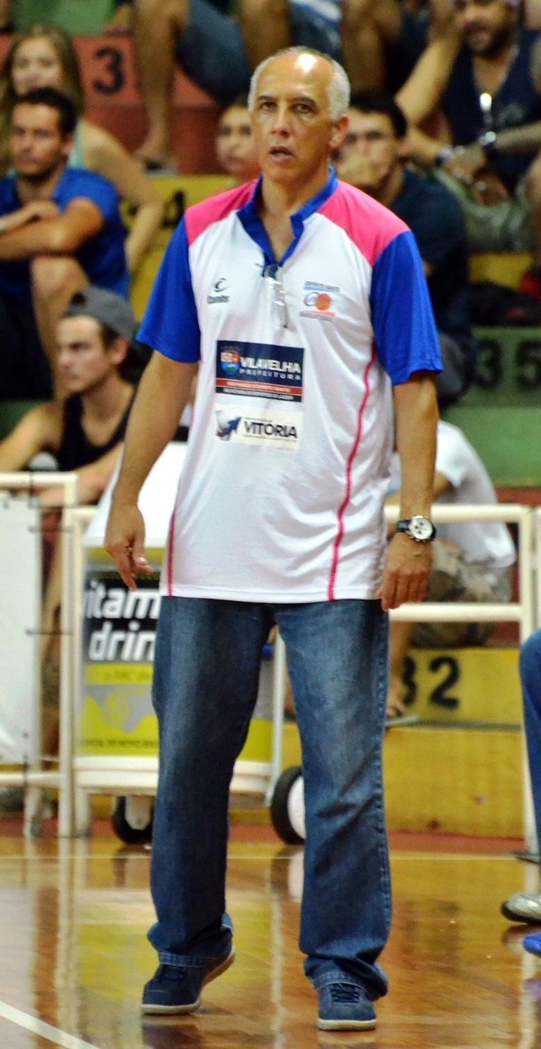 Ênio já fez sua estreia à frente do ES (Caio Casagrande/Bauru Basket)
