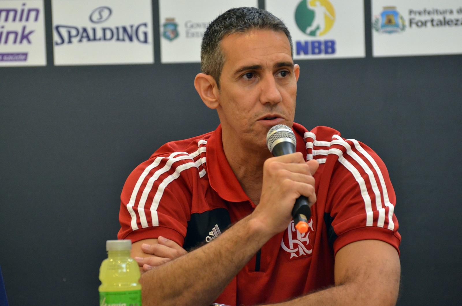 José Neto, técnico do Flamengo e do NBB Brasil