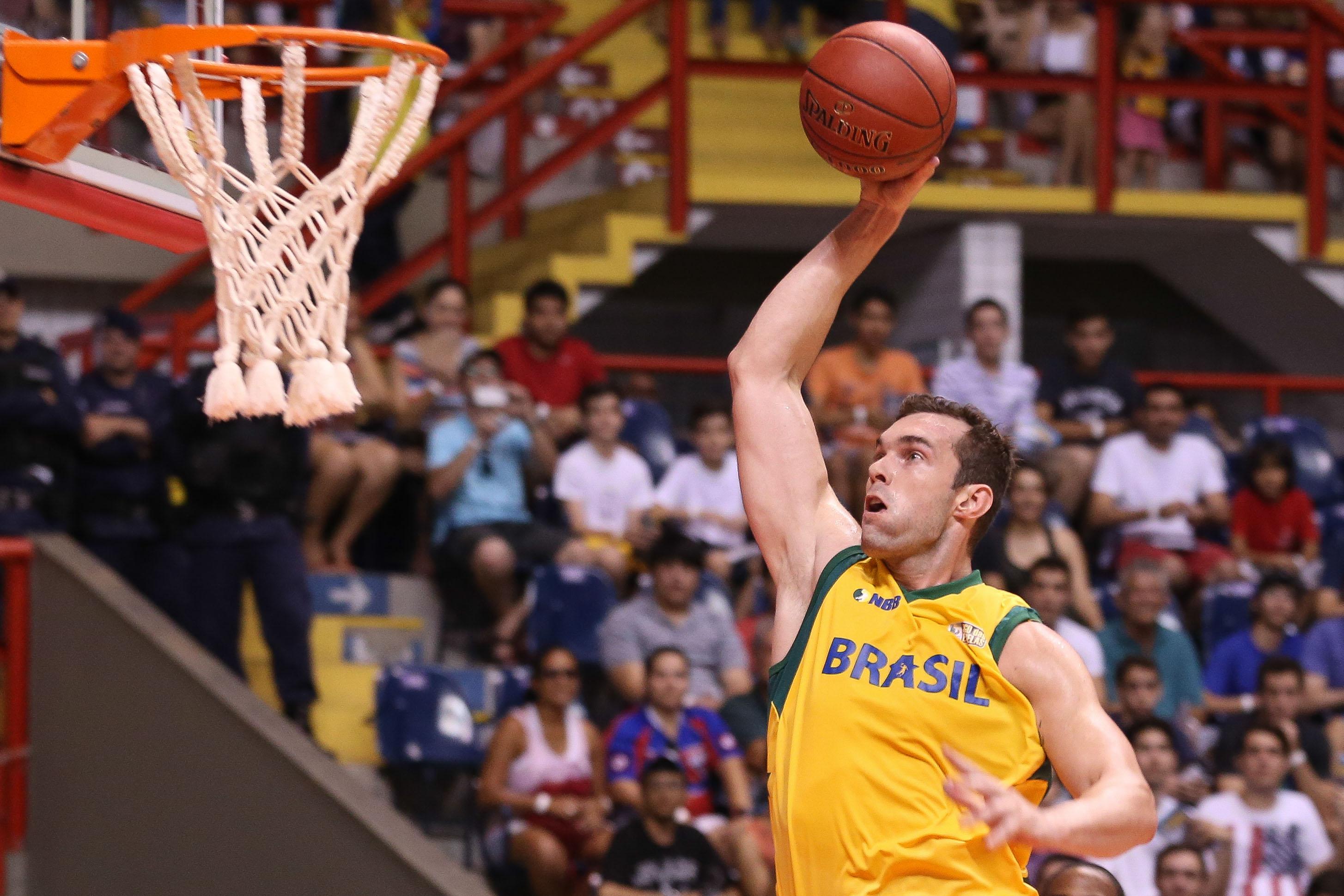 Murilo Becker, do NBB Brasil