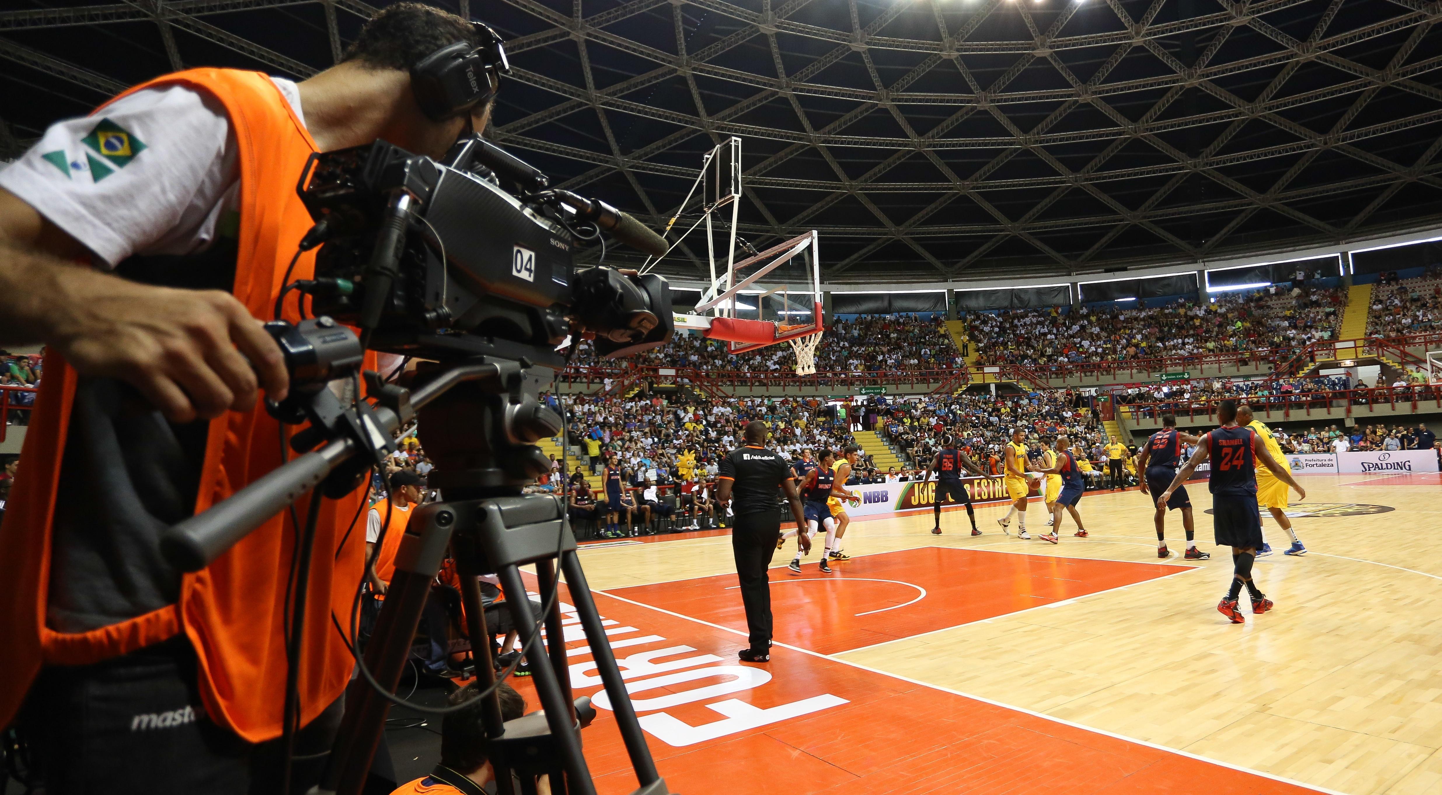 Três jogos da fase de classificação serão transmitidos ao vivo no site da LNB (Luiz Pires/LNB)