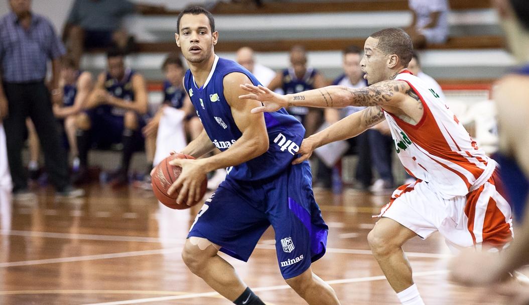 Coelho disputou sua terceira temporada no NBB, a segunda pelo Minas (Allan Conti/Divulgação)