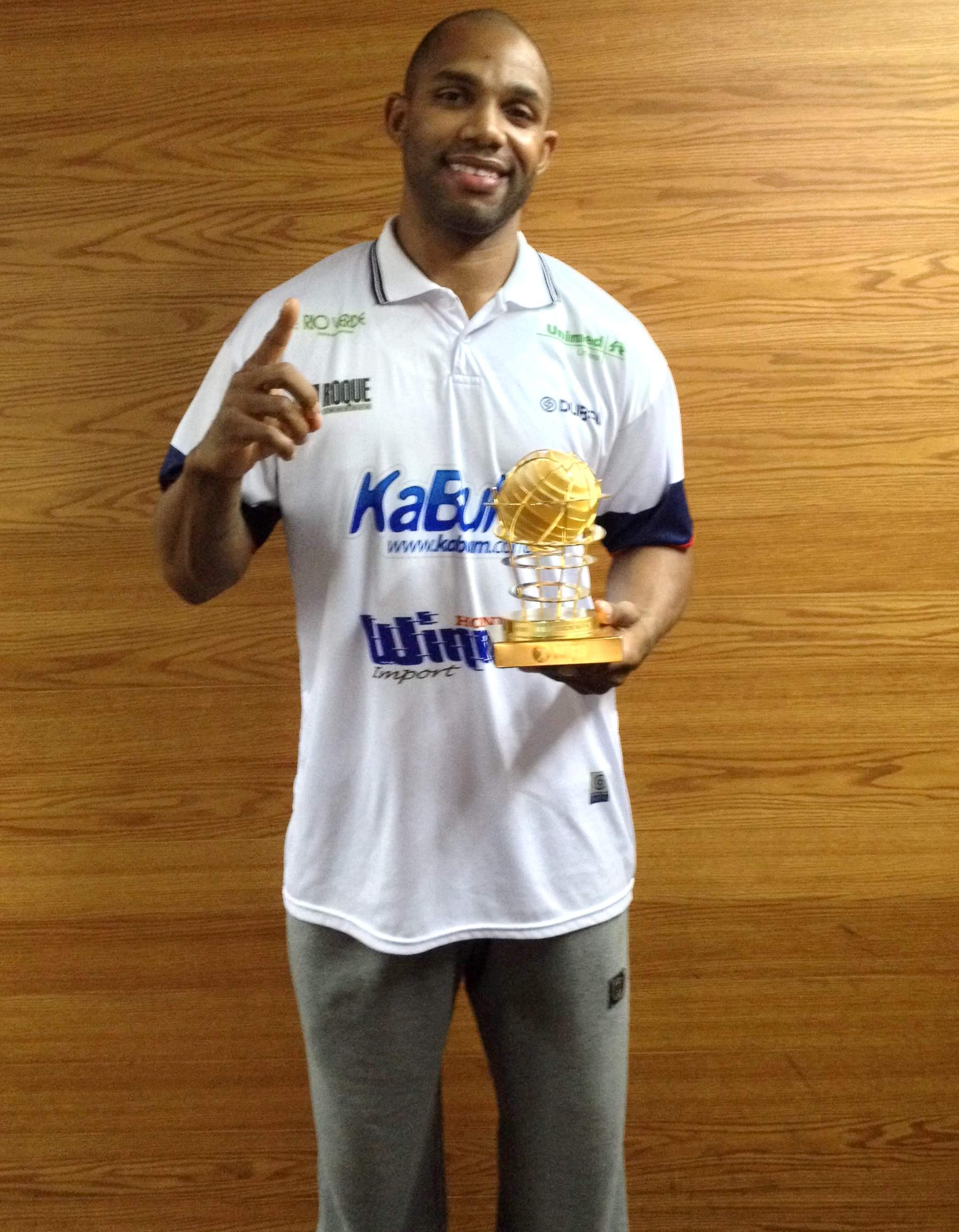 David Jackson é o primeiro estrangeiro eleito o MVP do NBB (LNB/Divulgação)