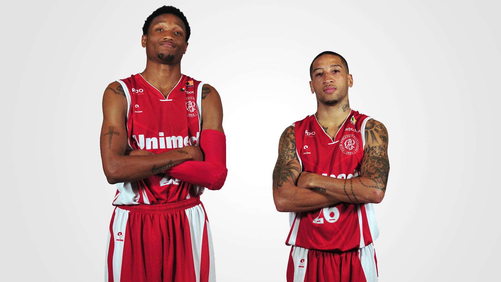 Holloway e Dawkins jogarão pela terceira temporada seguida juntos; antes do Paulistano, também fizeram a parceria na Liga Sorocabana (João Pires/LNB)