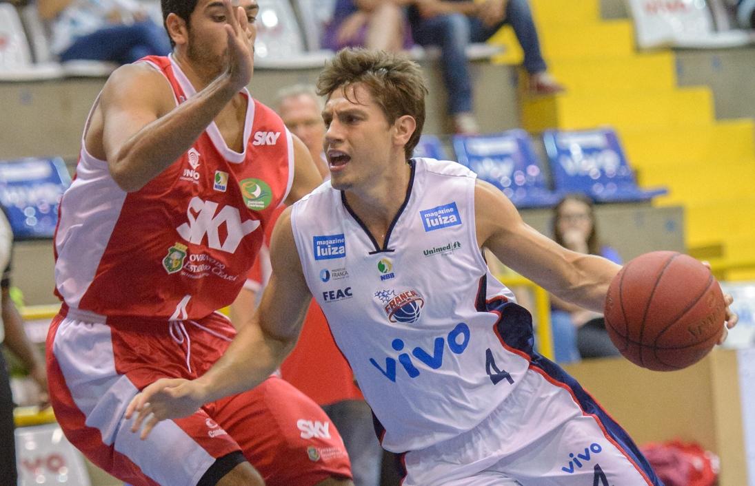 Jovem promessa do basquete brasileiro, Cauê Borges é o novo reforço da Liga Sorocabana (Newton Nogueira/Divulgação)