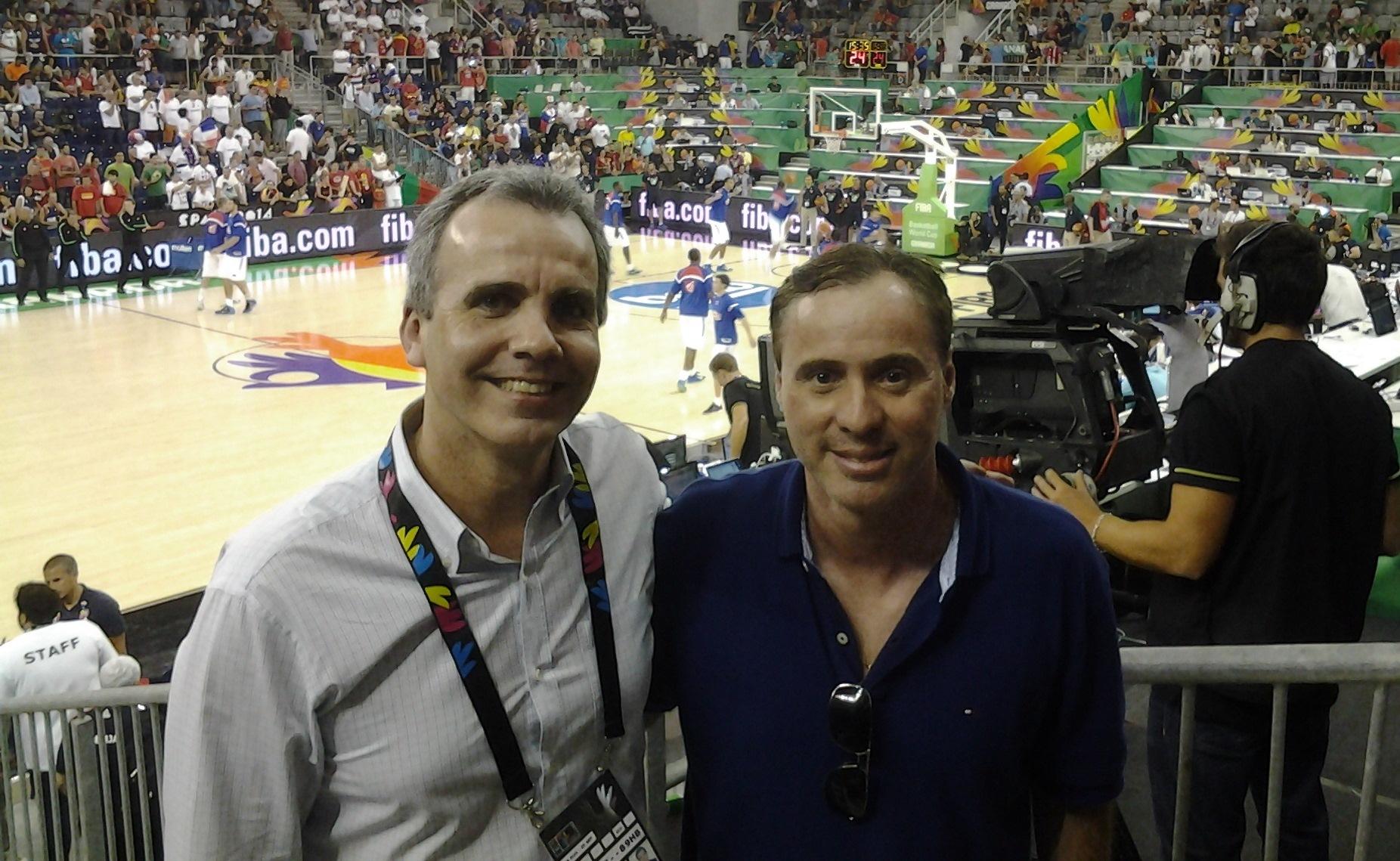 Marrelli e Bassul se encontraram durante os primeiros jogos do Brasil em Granada (Divulgação)