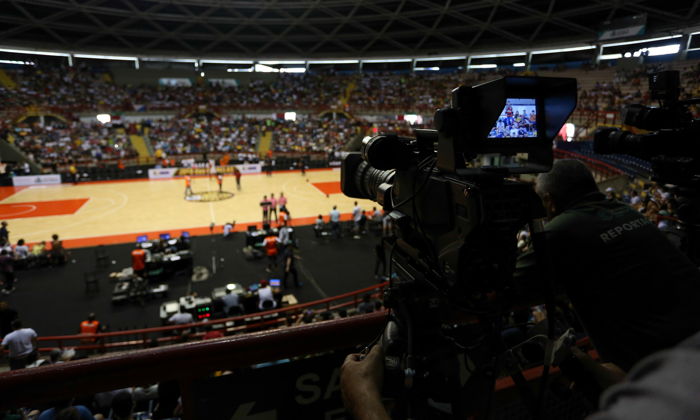 NBB terá quatro transmissões por semana: duas no SporTV e duas na Web (Luiz Pires/LNB)