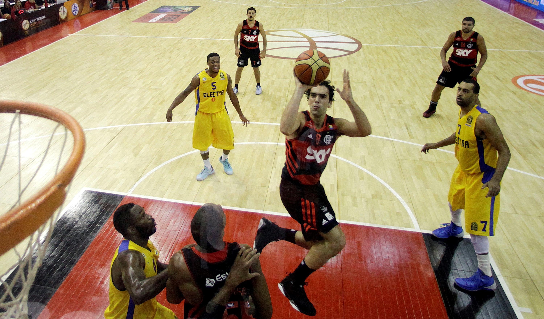 Flamengo fez boa partida, mas não conseguiu ficar com a vitória (Gaspar Nóbrega/FIBA Américas)
