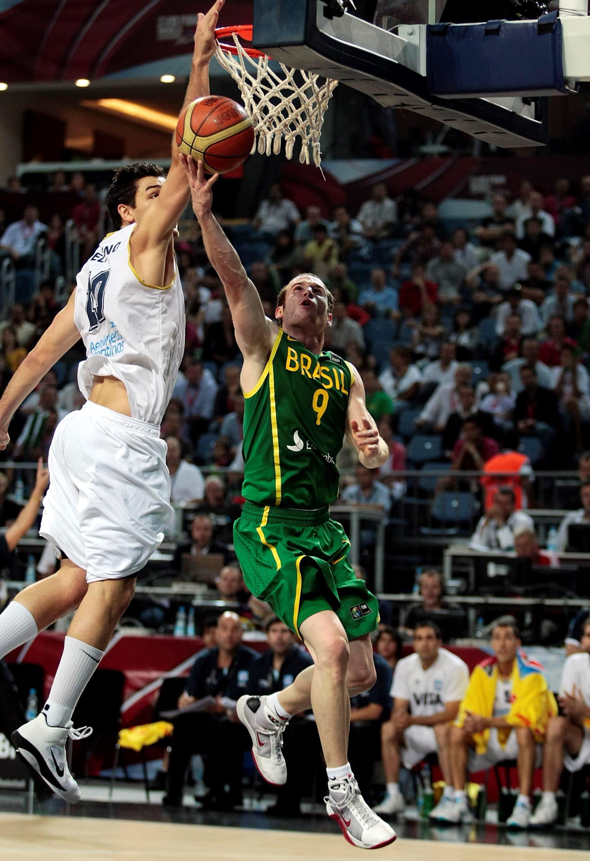Huertas teve grande atuação em 2010, mas não evitou o revés brasileiro (FIBA/Divulgação)
