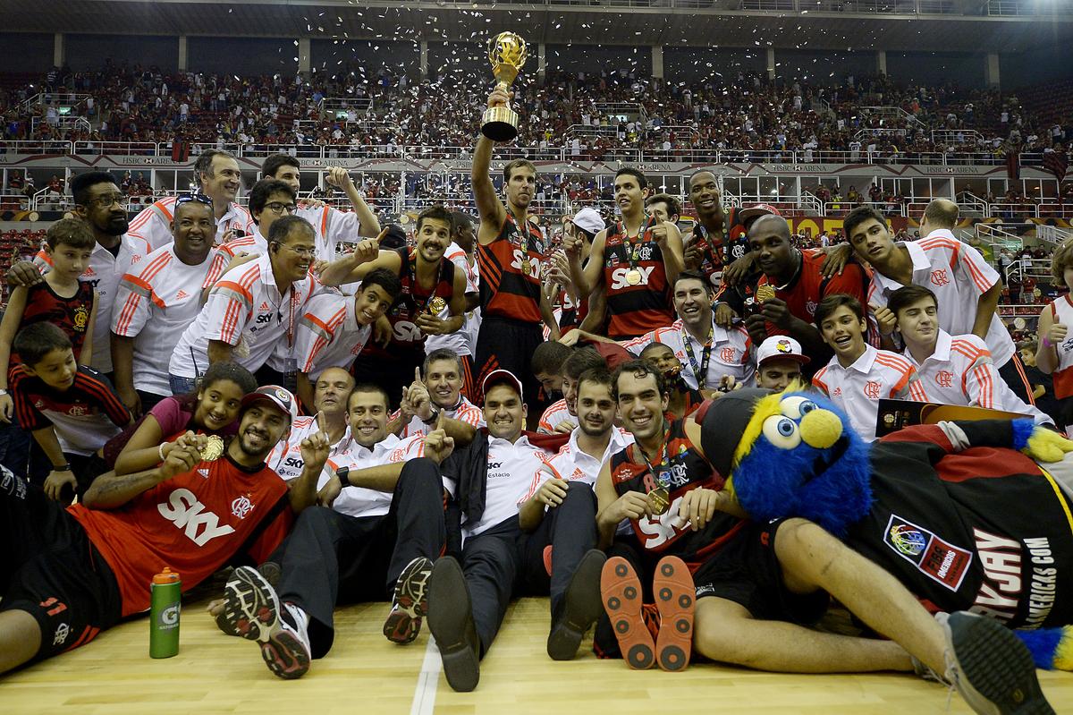 Flamengo ganhou tudo que viu pela frente e chegou ao histórico e inédito título mundial (Gaspar Nóbrega/FIBA Américas)