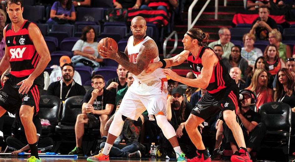 Flamengo não se intimidou e fez boa partida frente ao Phoenix Suns (Divulgação)