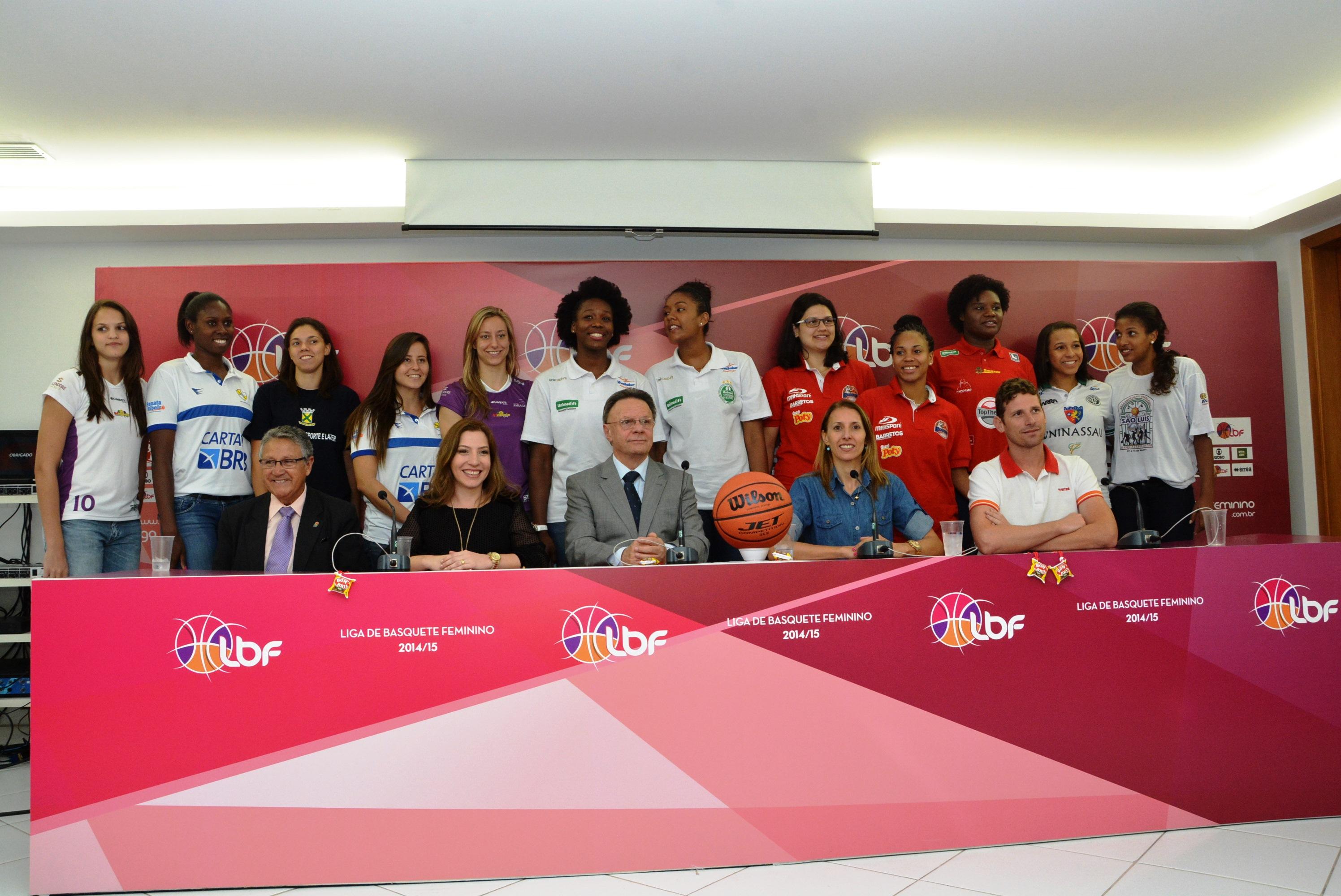 Apresentação da nova temporada da Liga de Basquete Feminino contou com a presença de jogadoras e autoridades do basquete brasileiro (Rodrigo Campos/LBF)