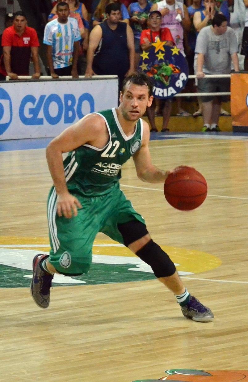 O Palmeiras, de Stanic, fecha o ano com vitória sobre o Pinheiros (Henrique Costa/Bauru Basket)