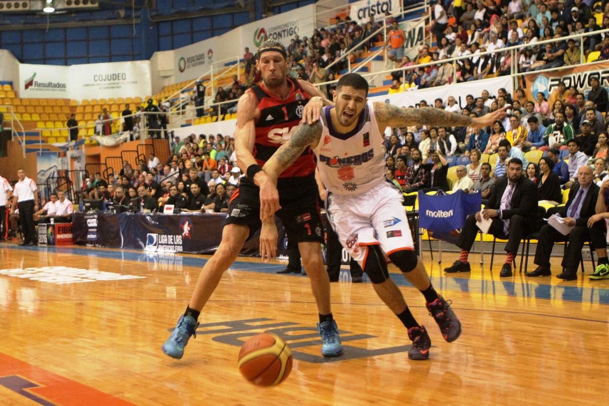 Flamengo, do cestinha Herrmann, avançou na liderança do Grupo B da Liga das Américas 2015 mesmo com a derrota para o Pioneros (Fernando Nunez/FIBA Américas)