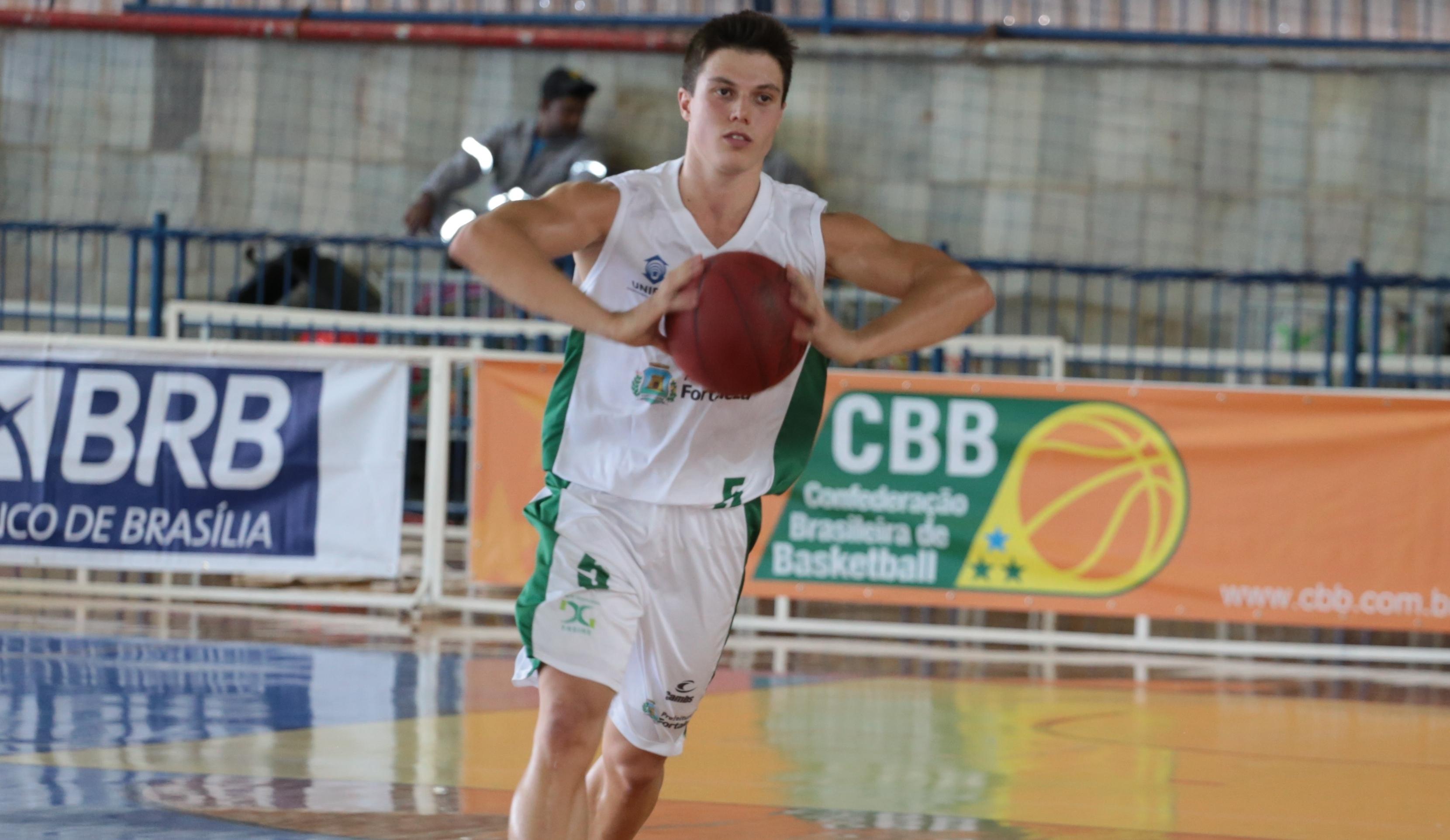 Voltando de lesão, Davi teve um grande desempenho e comandou a vitória cearense (Raphael Oliveira/LNB)