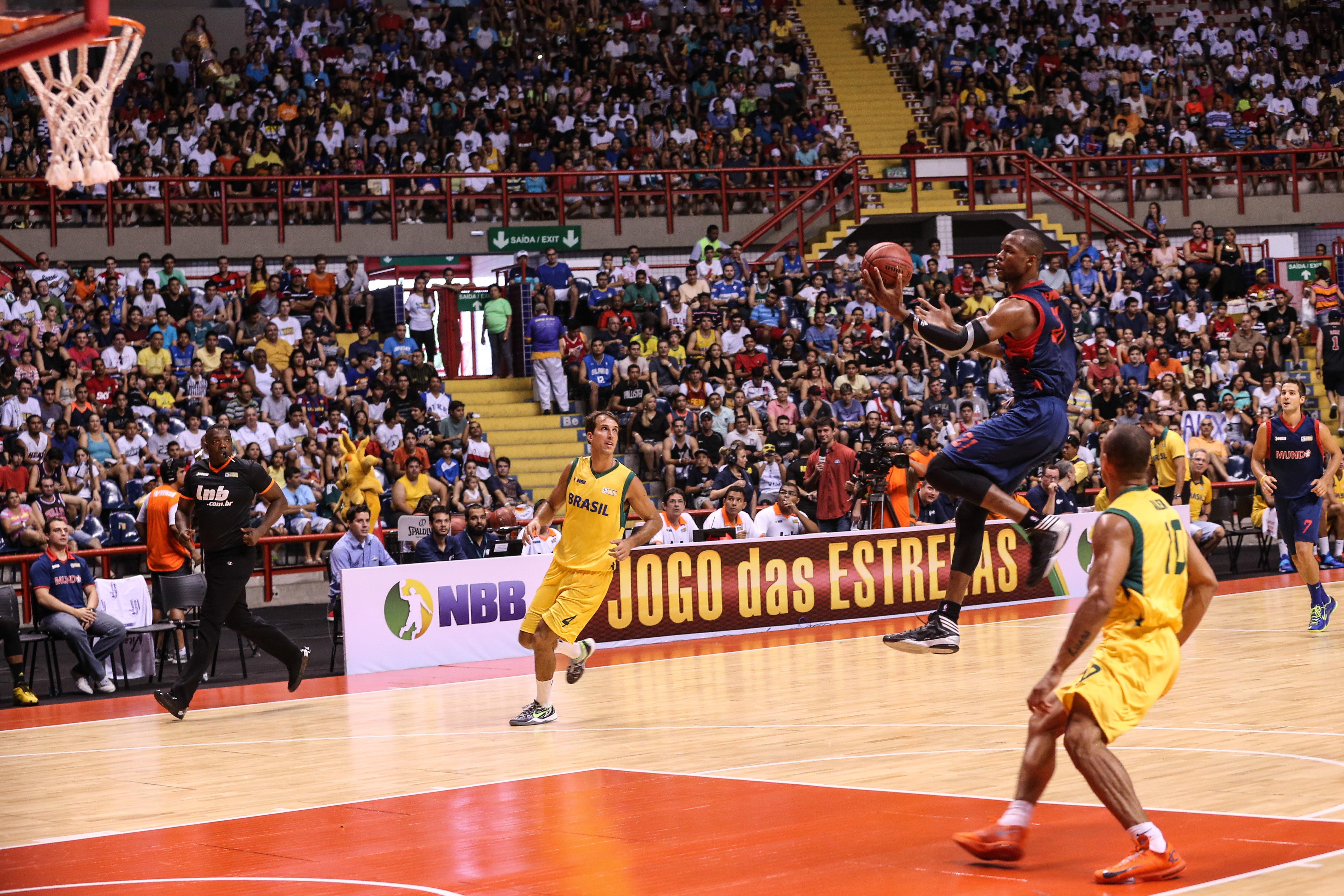 Última edição do Jogo das Estrelas foi realizada no Ginásio Paulo Sarasate, em Fortaleza, e teve o NBB Brasil como vencedor (Luiz Pires/LNB)