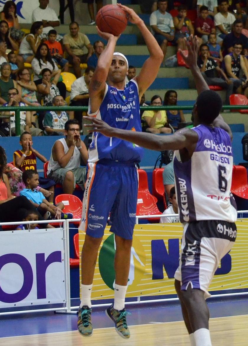Jogador com mais bolas de 3 certas no NBB 7, Jefferson disputará o torneio pelo 2º ano seguido (Henrique Costa/Bauru Basket)