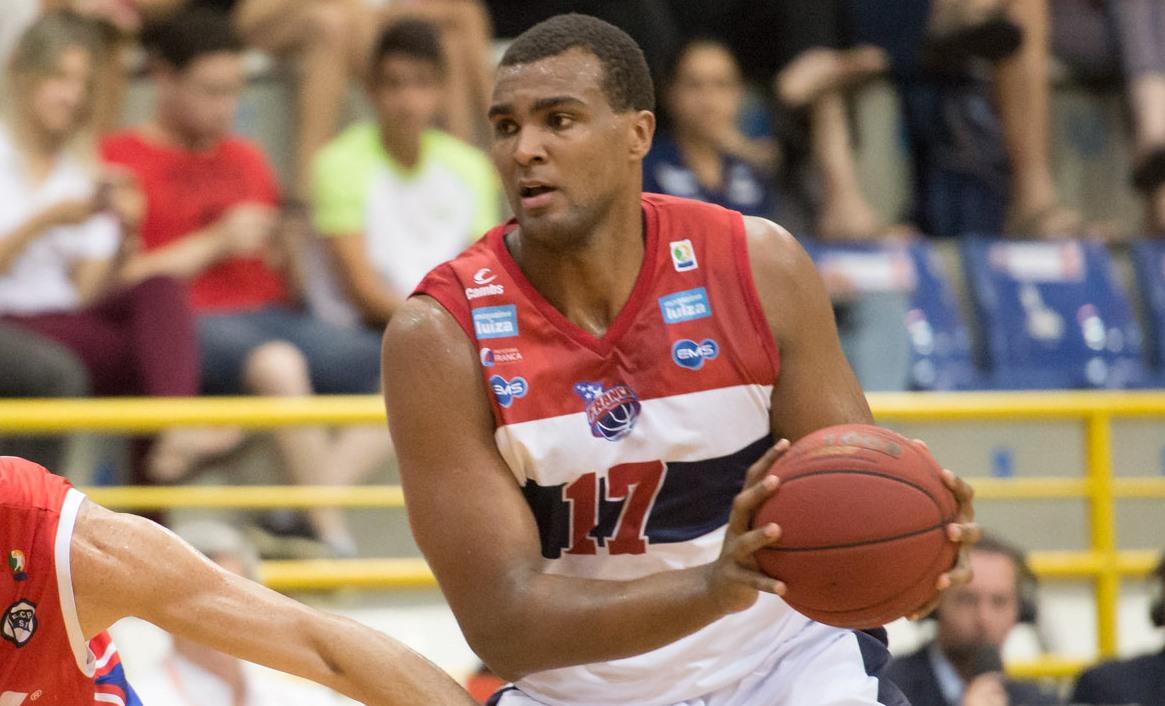 Lucas Mariano será um dos cinco titulares do NBB Brasil no Jogo das Estrelas 2015 (Newton Nogueira/Divulgação)