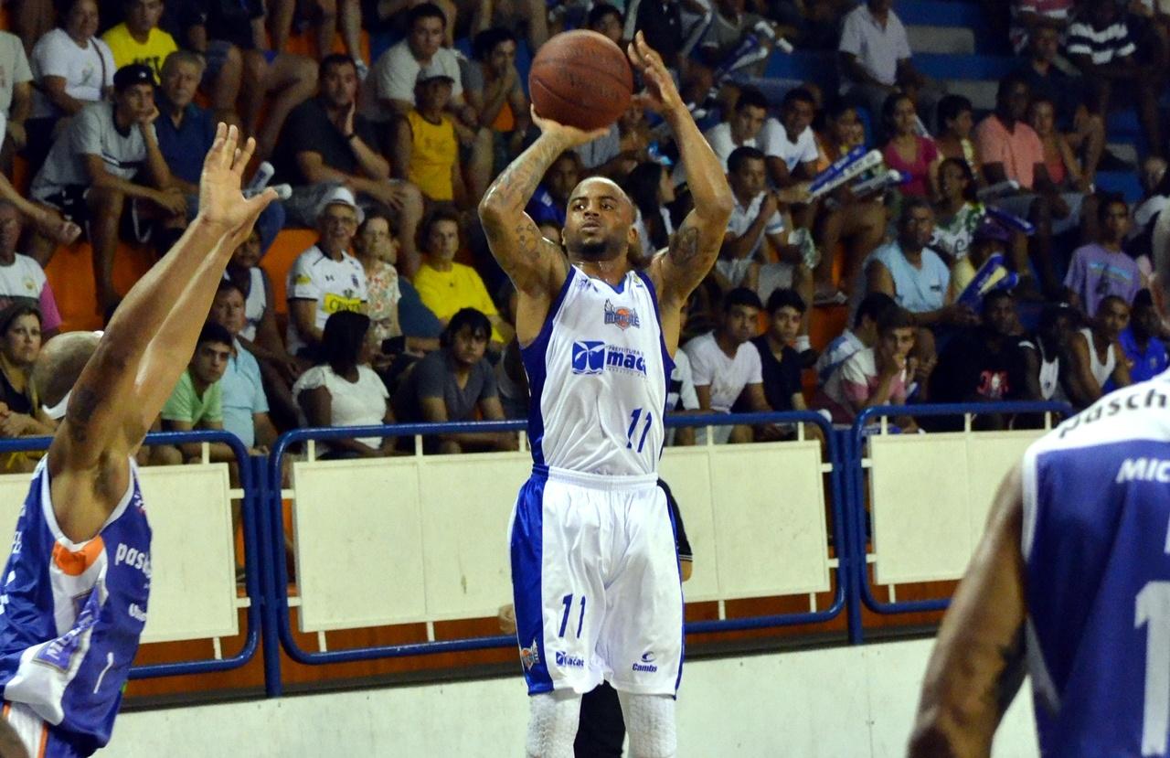 Jamaal, do Macaé, é dono da maior média de acerto nas bolas de 3 pontos da história do NBB (Henrique Costa/Bauru Basket)