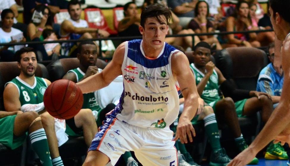 Eleito entre os titulares, Ricardo Fischer será um dos três jogadores do Bauru no quinteto inicial do NBB Brasil (Henrique Costa/Bauru Basket)