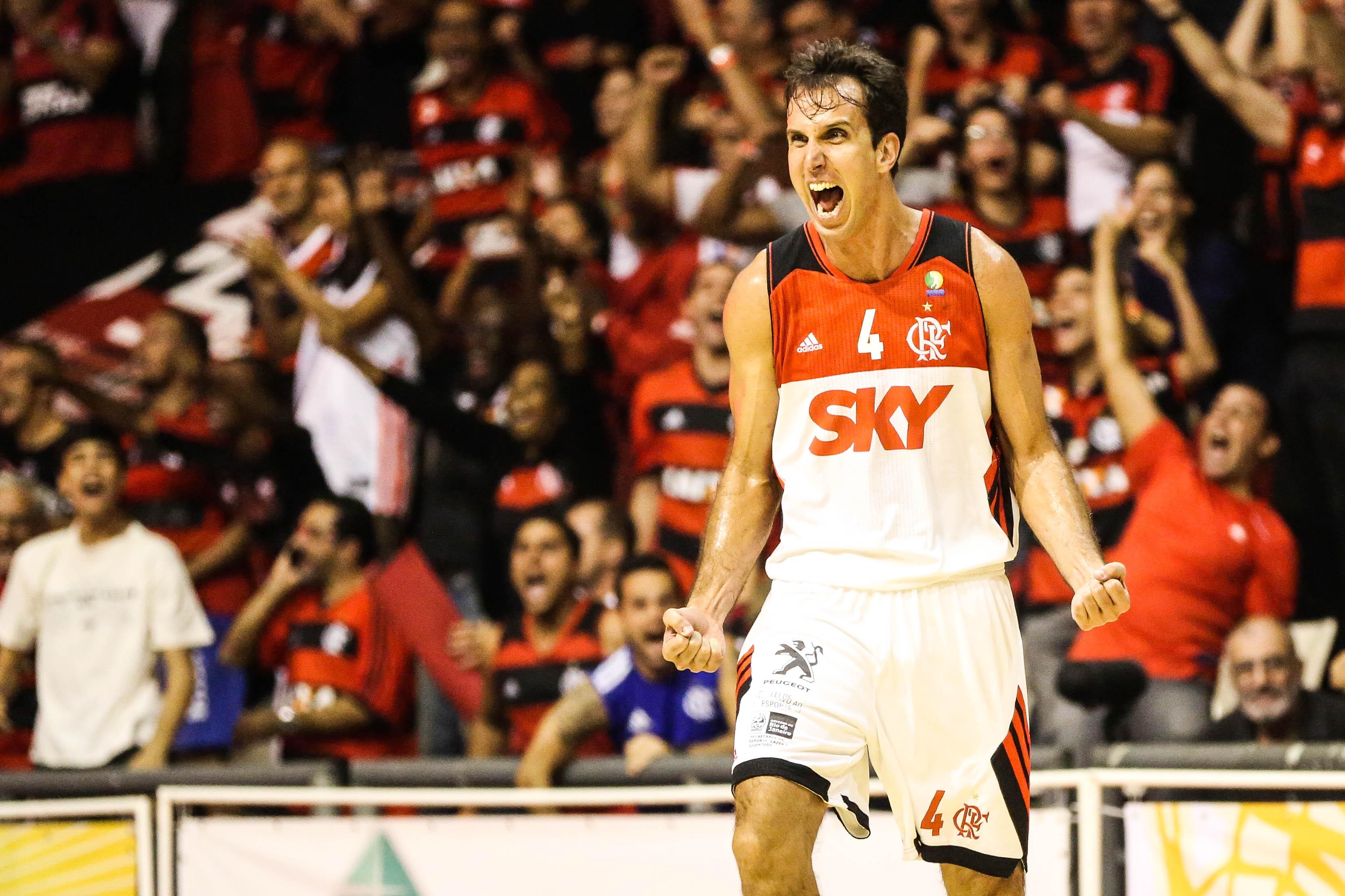 Comemoração Marcelinho Machado, do Flamengo