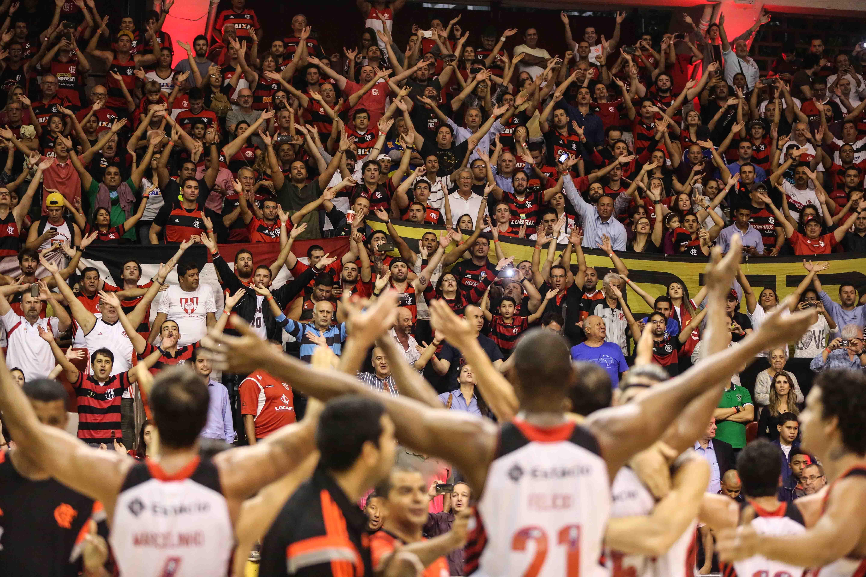 Comemoração do Flamengo com a torcida