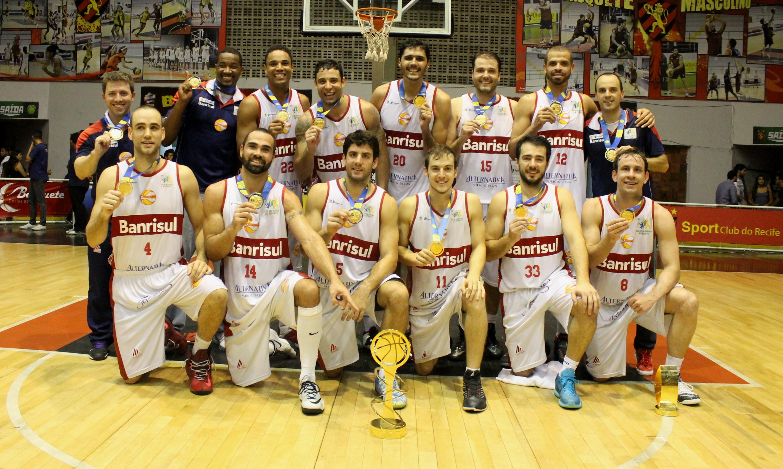 Caxias-Basquete-Campeão-da-Liga-Ouro-2015