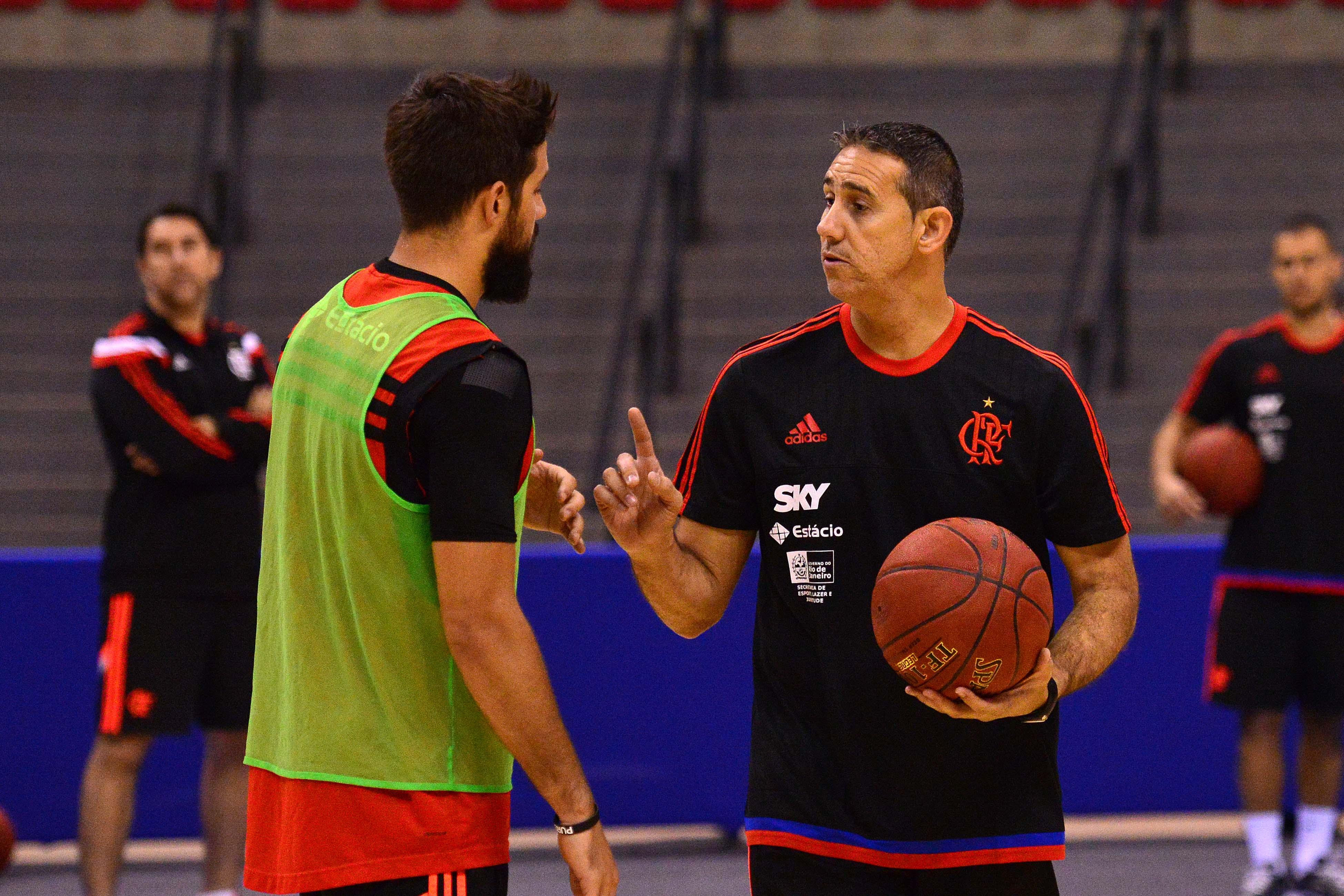 José Neto e Laprovittola