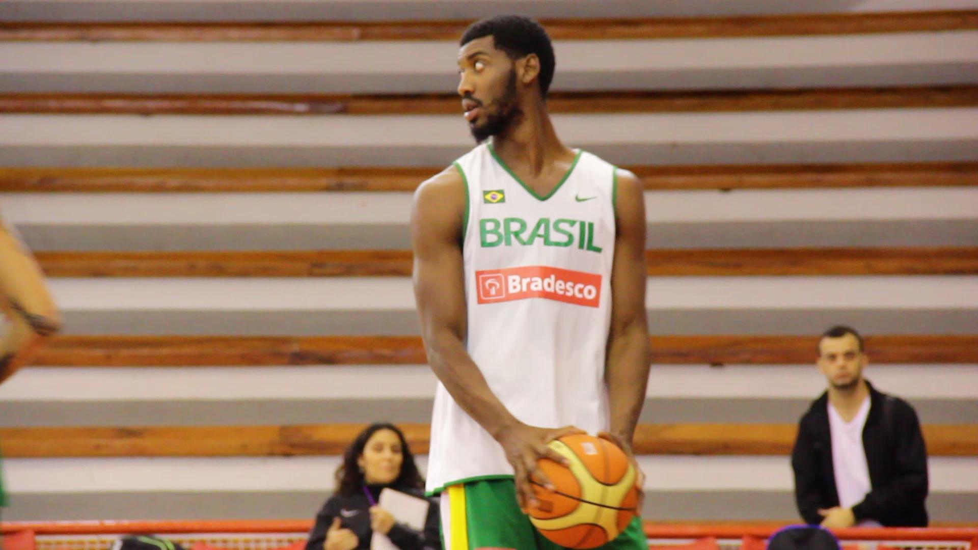 """Ano de mudanças: de """"contratação desconhecida"""" do Mogi, Gerson chegou à Seleção Brasileira (Divulgação)"""