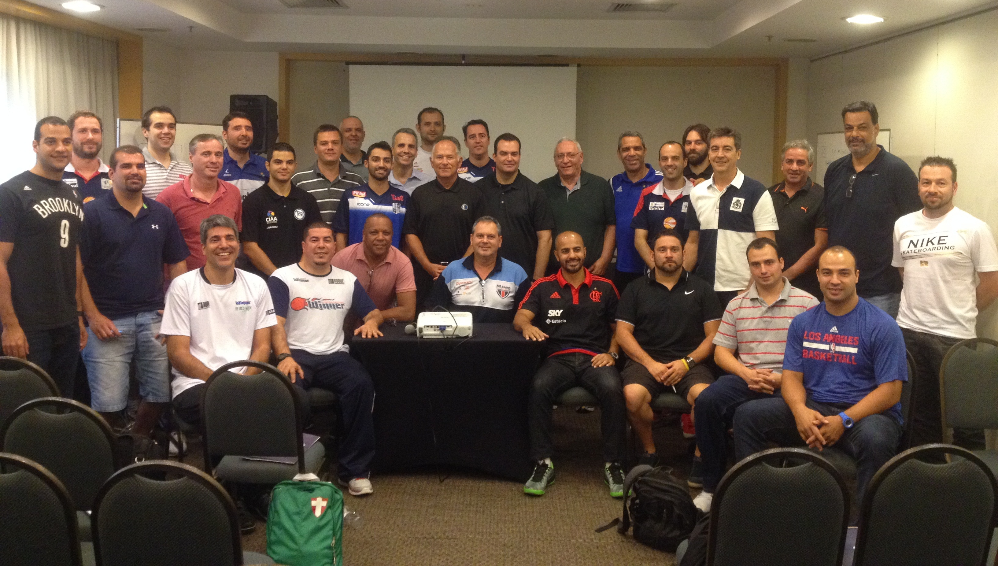Congresso técnico foi realizado em São Paulo e contou com a presença de Jim O'Brien, ex-técnico de Celtics, 76ers e Pacers (Divulgação/LNB)