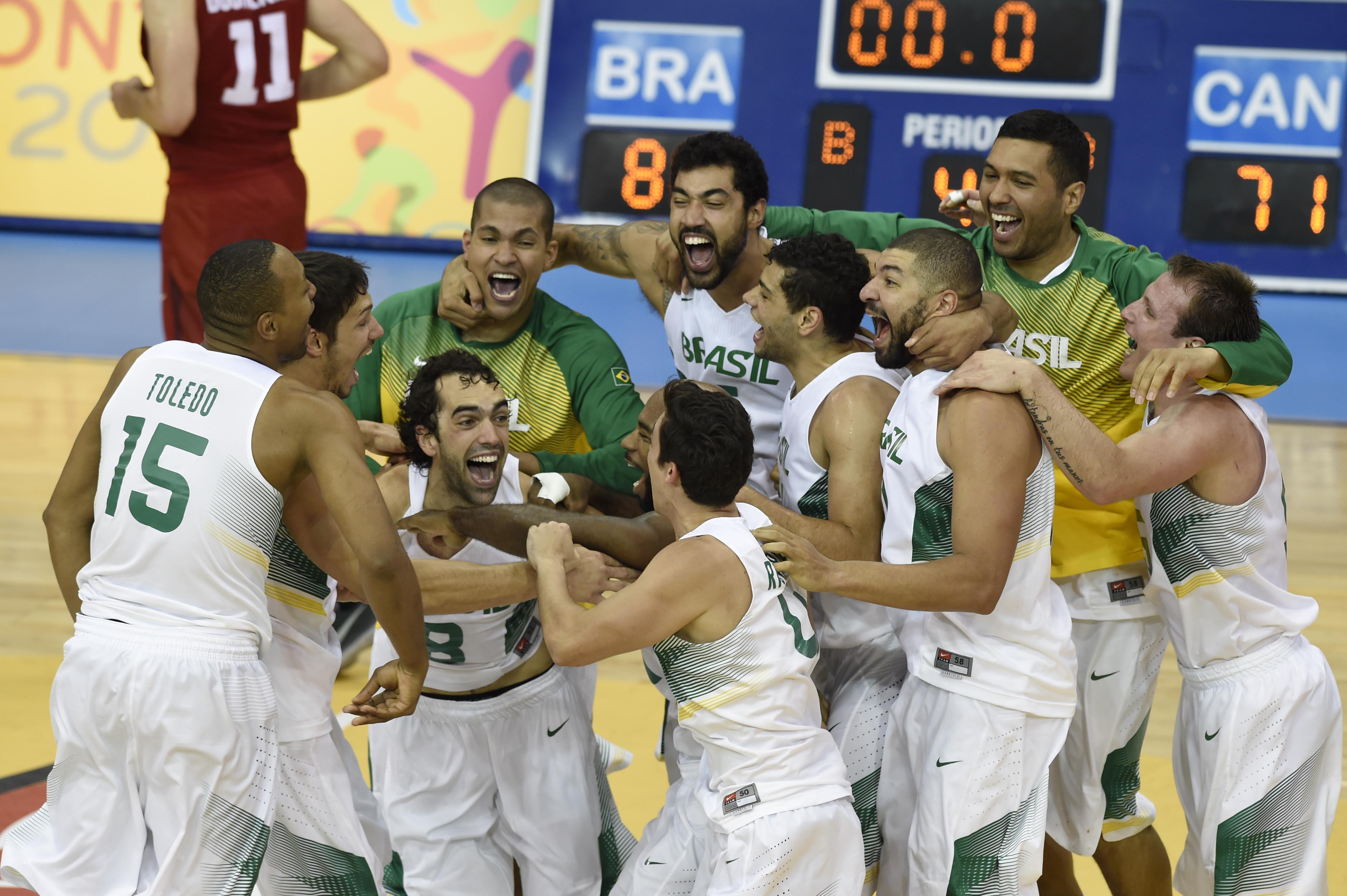 Comemoração Brasil campeão Pan de Toronto