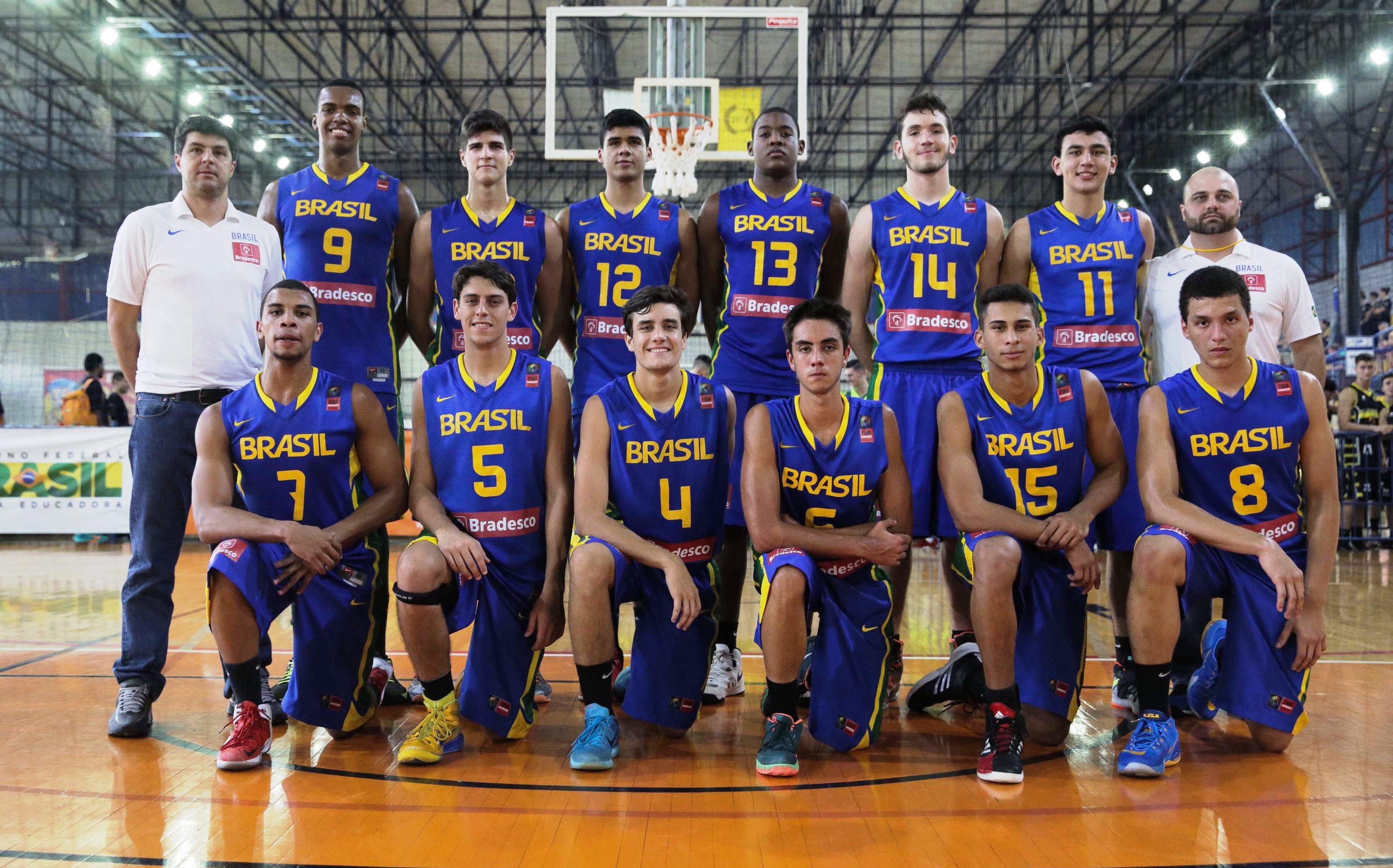Após primeira experiência na LDB, Seleção Sub-17 agora se prepara para o Campeonato Sul-Americano da categoria (João Neto/LNB)