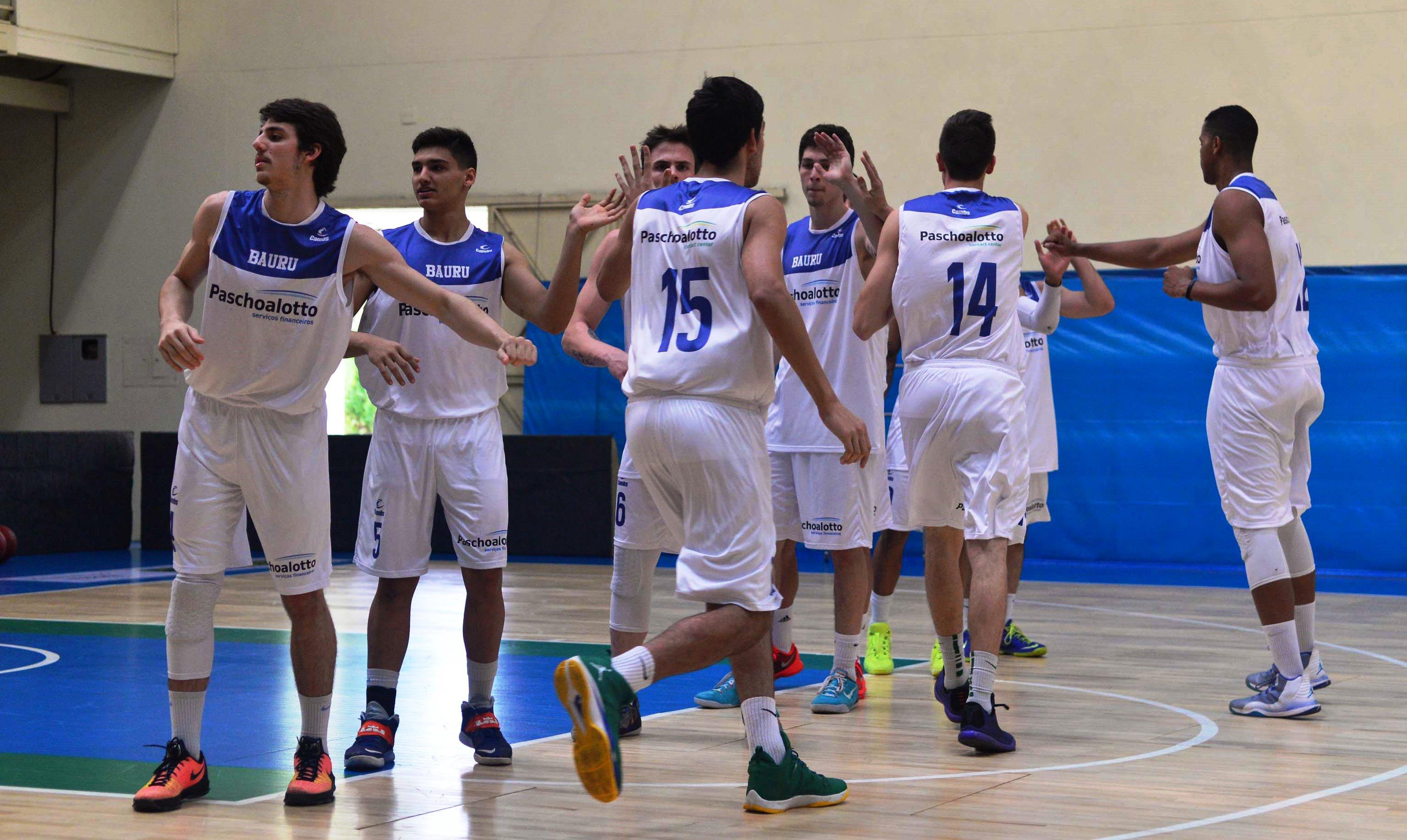Com grande atuação coletiva, Bauru superou a Seleção Brasileira Sub-17 e chegou ao seu 3º triunfo em 3 jogos na 2ª etapa da LDB 2015 (João Pires/LNB)