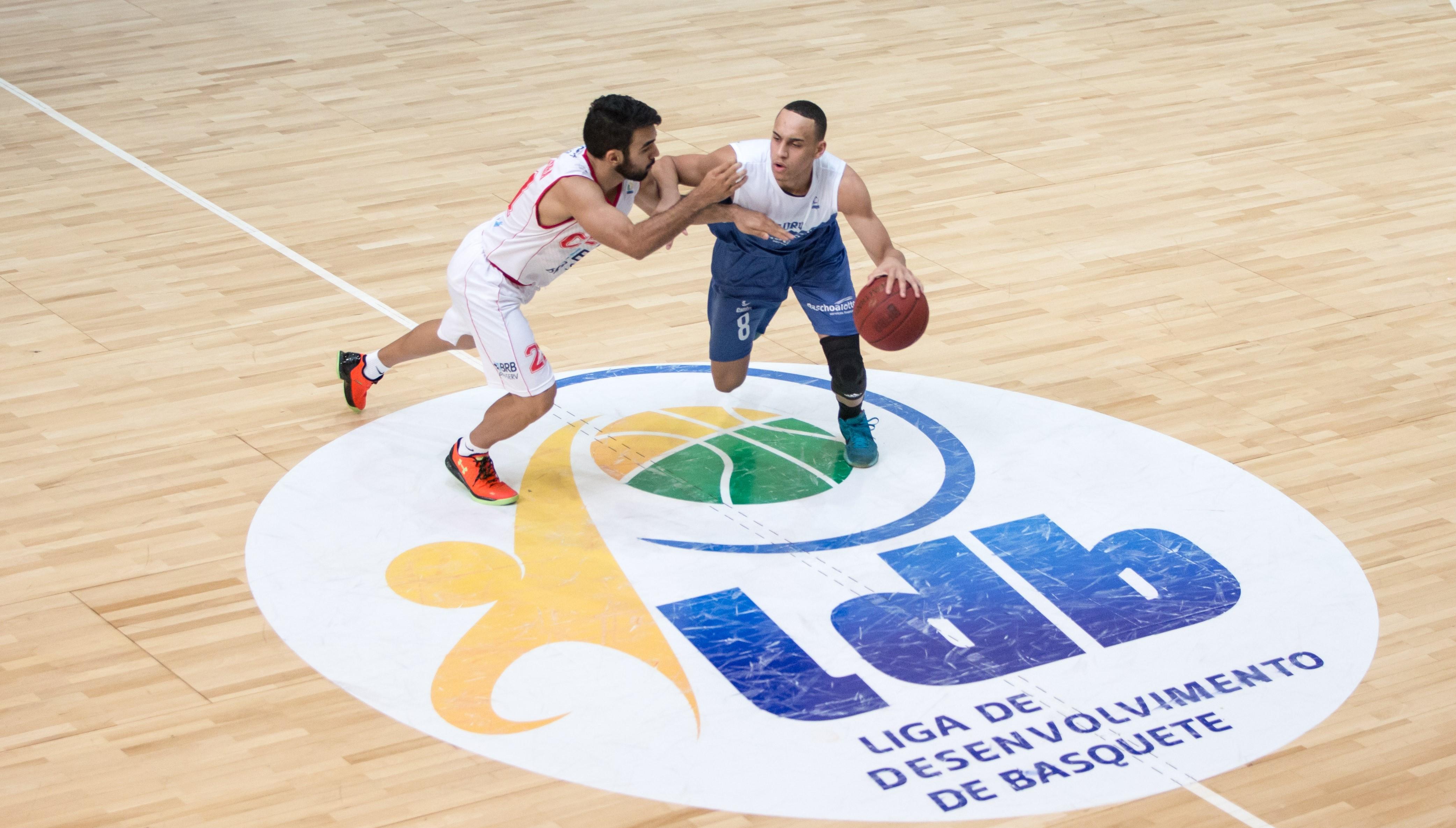 Gui Santos foi o atleta mais eficiente da quadra e foi outra peça importante no triunfo do Bauru (Caio Casagrande/Bauru Basket)