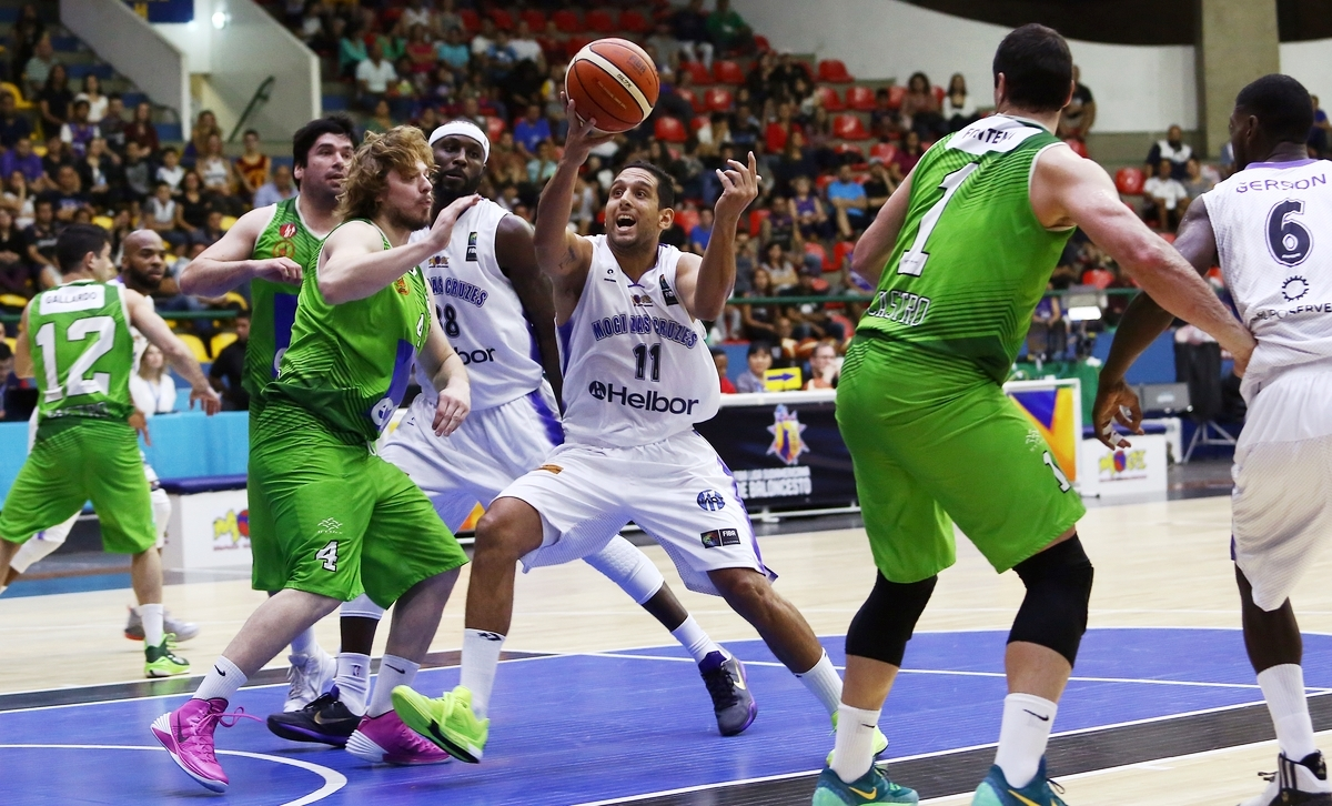 Dominante do início ao fim, Mogi não deu chances ao chileno e venceu pela 1ª rodada do Grupo A (José Jiménez Tirado/FIBA Americas)