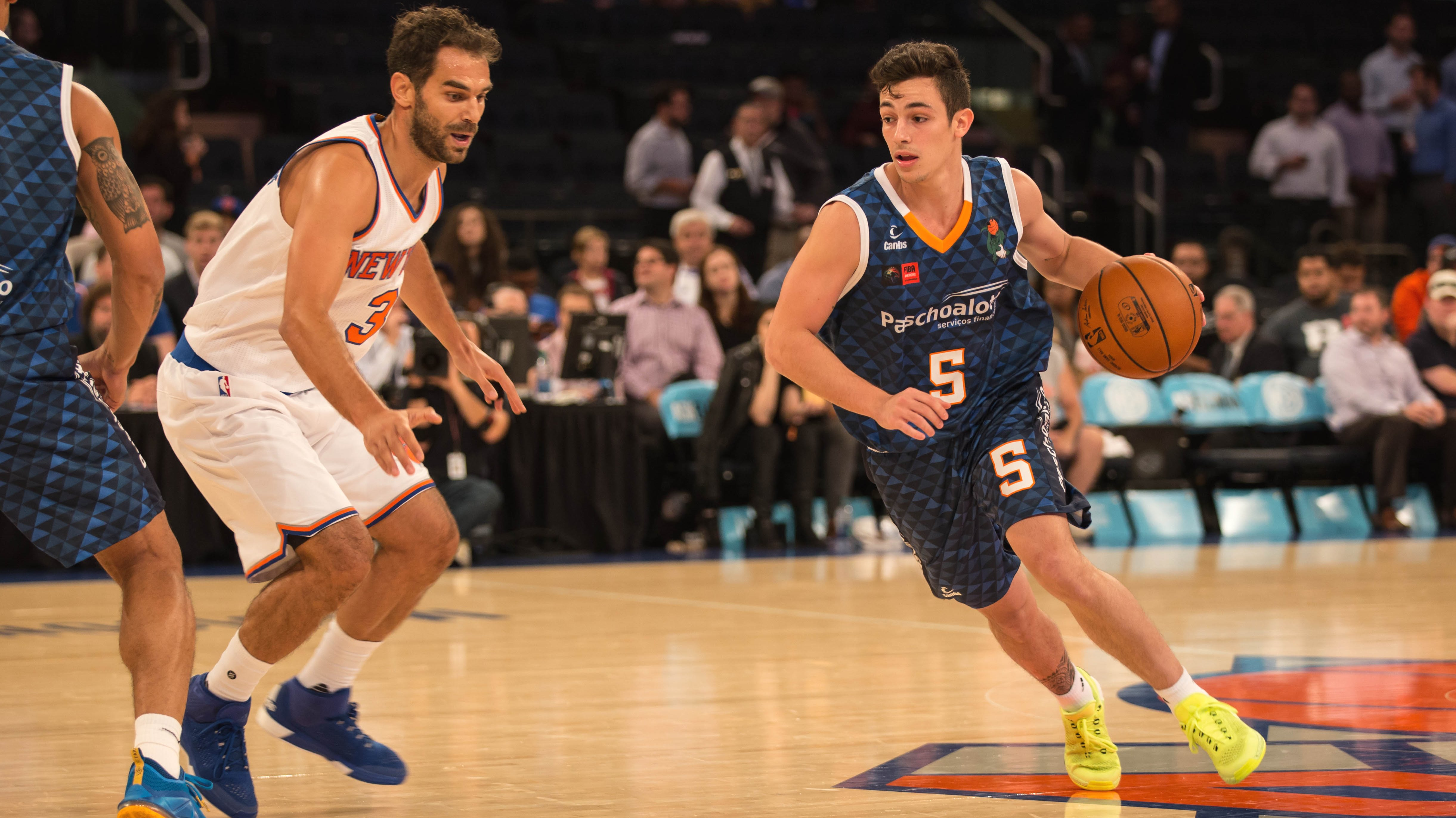 Fischer roubou a cena e fez história no duelo entre Bauru e New York Knicks (Caio Casagrande/Bauru Basket)