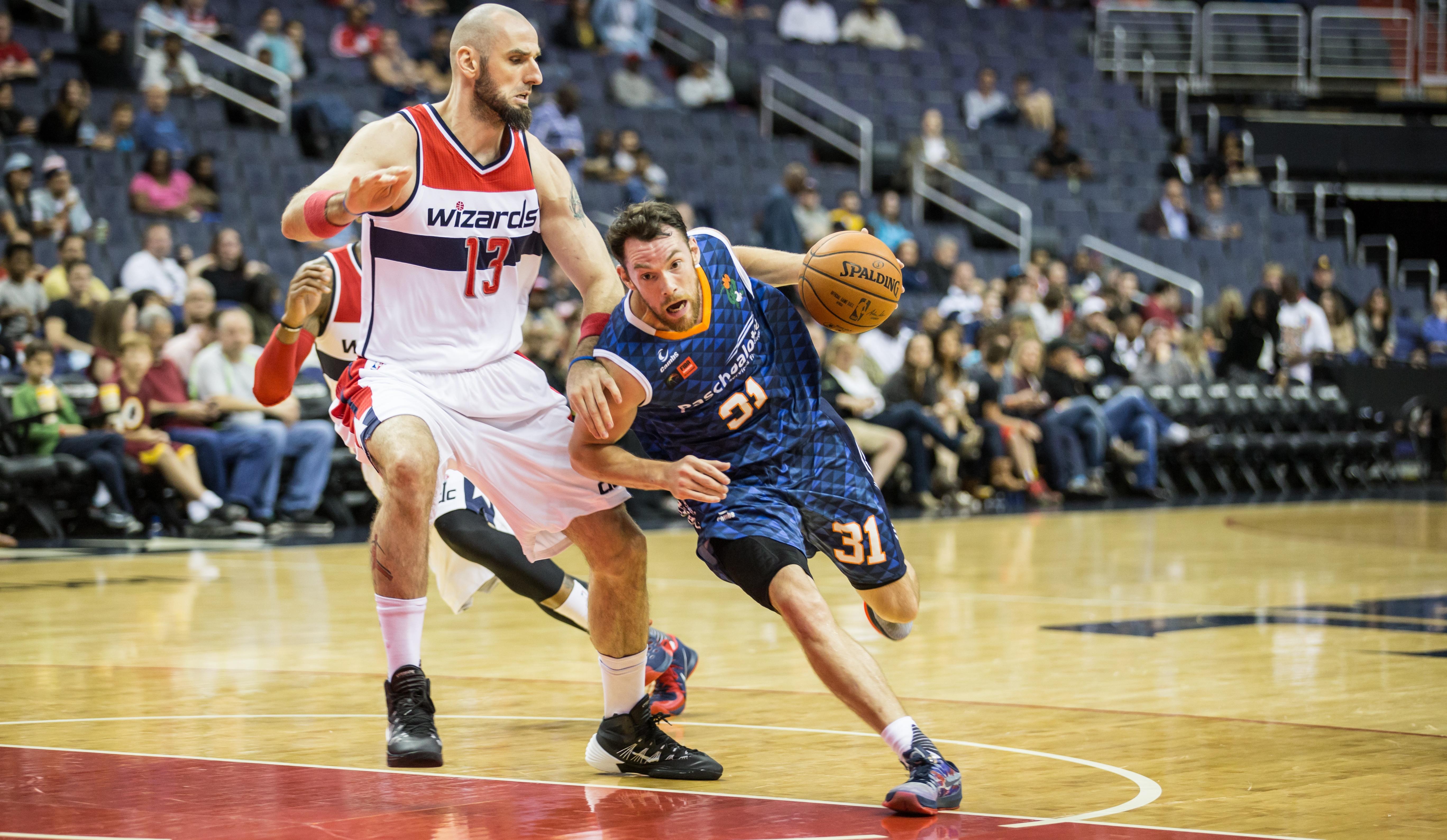 Dose dupla: Day foi o cestinha do Bauru nas duas partidas da equipe na pré-temporada da NBA (Caio Casagrande/Bauru Basket)