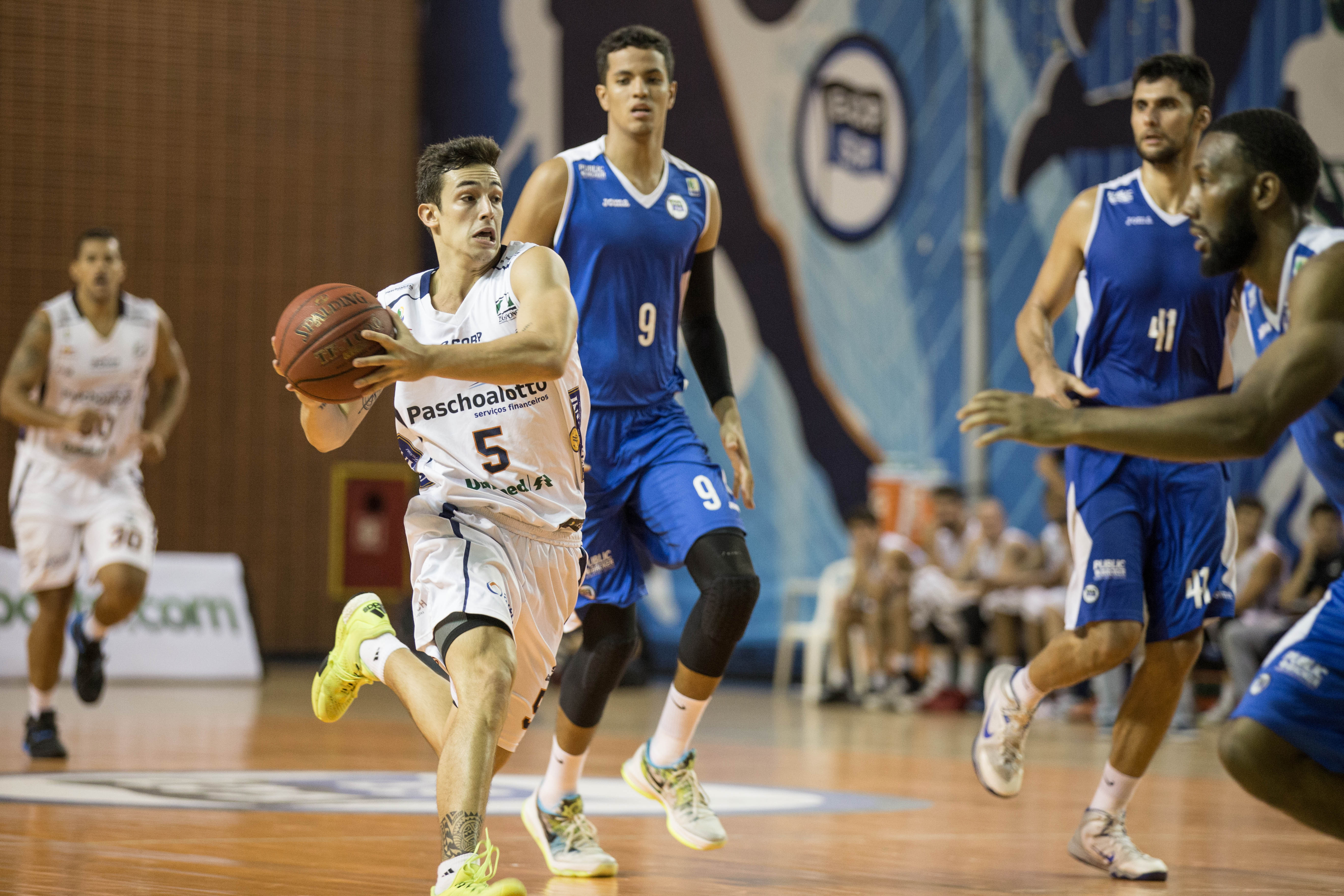 Ricardo Fischer, do Bauru (Caio Casagrande/Bauru Basket)